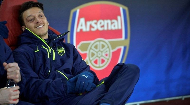 Britain Football Soccer - Arsenal v Bayern Munich - UEFA Champions League Round of 16 Second Leg - Emirates Stadium, London, England - 7/3/17 Arsenal's Mesut Ozil on the substitutes bench Reuters / Hannah McKay Livepic